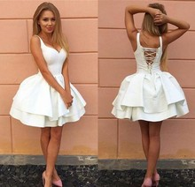 Sexy Criss-cross Straps Backless White Homecoming Dresses V Neck Tiered Short Prom Party Gowns Puffy Cheap Cocktail Dress new cute sleeveless criss cross back backless puffy tiered scoop neck white ball gown flower girl dress for wedding kid gown