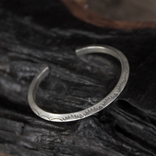 925 Sterling Silver Old Craftsman Handcrafted Round-edged Solar Rune Ladys Flower Ring Original Fashion Open Bracelet