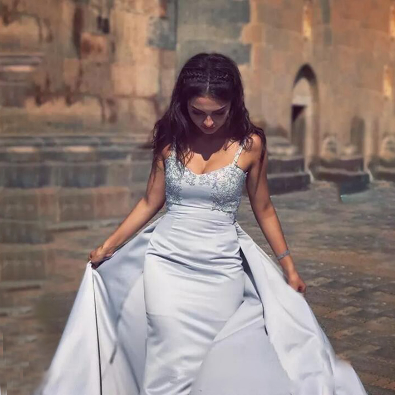 Sexy Spaghetti Straps Long Prom Dresses 2020 Silver Lace Appliques Backless Satin Evening Gown Formal Dress Custom Made