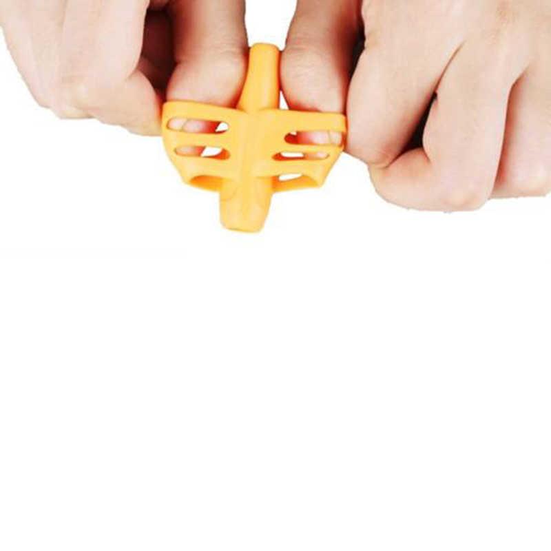8 sztuk plastikowy uchwyt na długopisy Diffierent dla dzieci w stylu pióro dla ucznia uchwyt do długopisów korekta postawy narzędzia