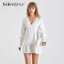TWOTWINSTYLE Elegante Schlanke Frauen Kleid V ausschnitt Laterne Hülse Hohe Taille Rüschen Mini Kleider Weibliche Casual Frühling 2020 Neue