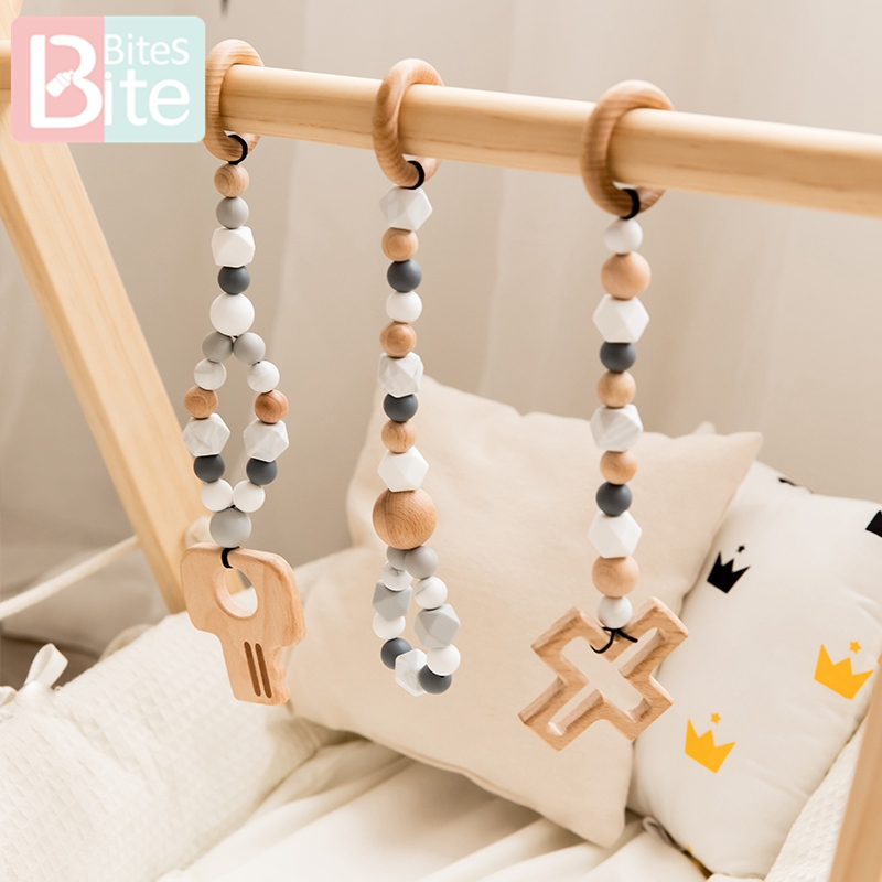 Bite Bites Wood Baby Toys Play Gym Rattles Music Toddler Mobile Bed Bell Educational Toys Baby Teether Rodent Children'S Goods