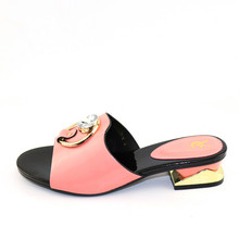 여름 샌들 핑크 컬러 PU 가죽 패션 신발 가능한 일치 저녁 가방 세트 무료 배송 아프리카 여성 신발 가방없이