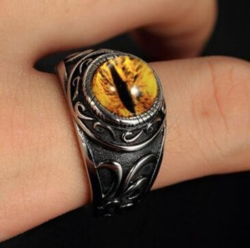 bague dragon oeil jaune