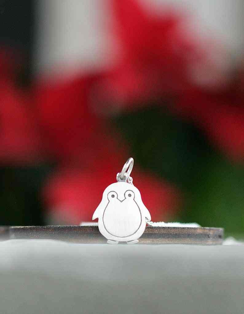 Jinleansuペンギンネックレスペンギンチャームクリスマスギフト誕生日女性