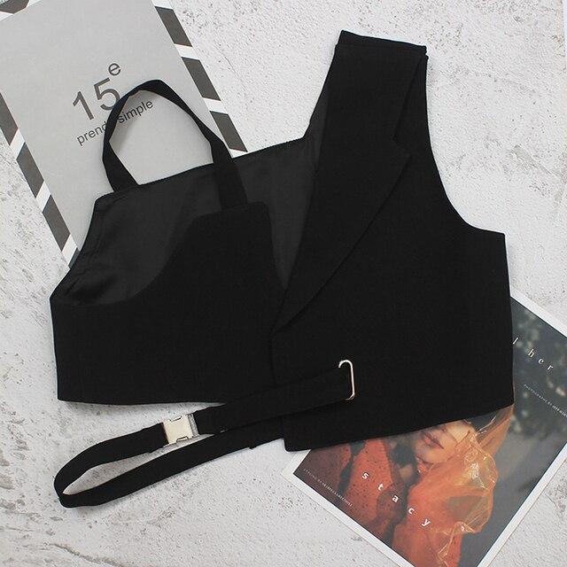 [EAM] Women Loose Fit Black Irregular Bandage Short Vest New V-collar Sleeveless Fashion Tide Spring Summer 2021 1DE0596 4