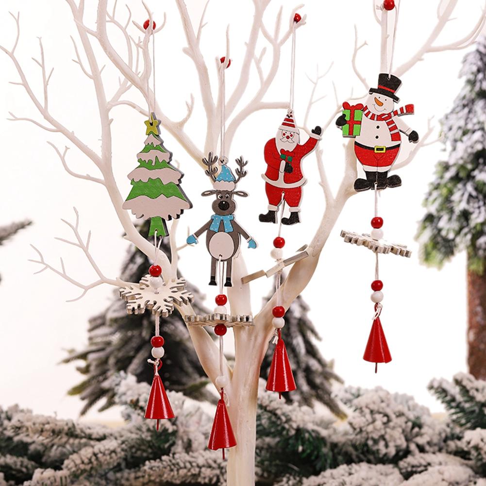 Рождественские украшения с нашитым на груди милым снеговичком: