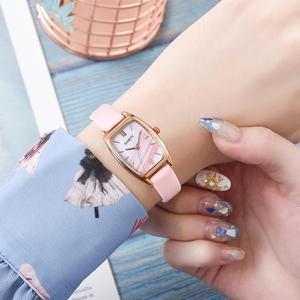 Image 3 - Squisita piccola semplice del vestito delle donne orologi in pelle retrò orologio femminile Top delle donne di marca di modo mini design orologi da polso orologio