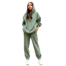 Two piece women's fall women's tracksuit oversize hoodie and trousers casual women's tracksuit four seasons 2021 women's wear