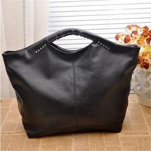 Image 4 - 2020 Fashion High Quality women bag New Hot Black Women handbag pu Rivet package large tote Famous designer Shoulder bag BAG5185
