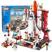 City Spaceport Space The Shuttle Launch Center 679Pcs Bricks Building Block Educational Toys For Children Legoinglys 8815