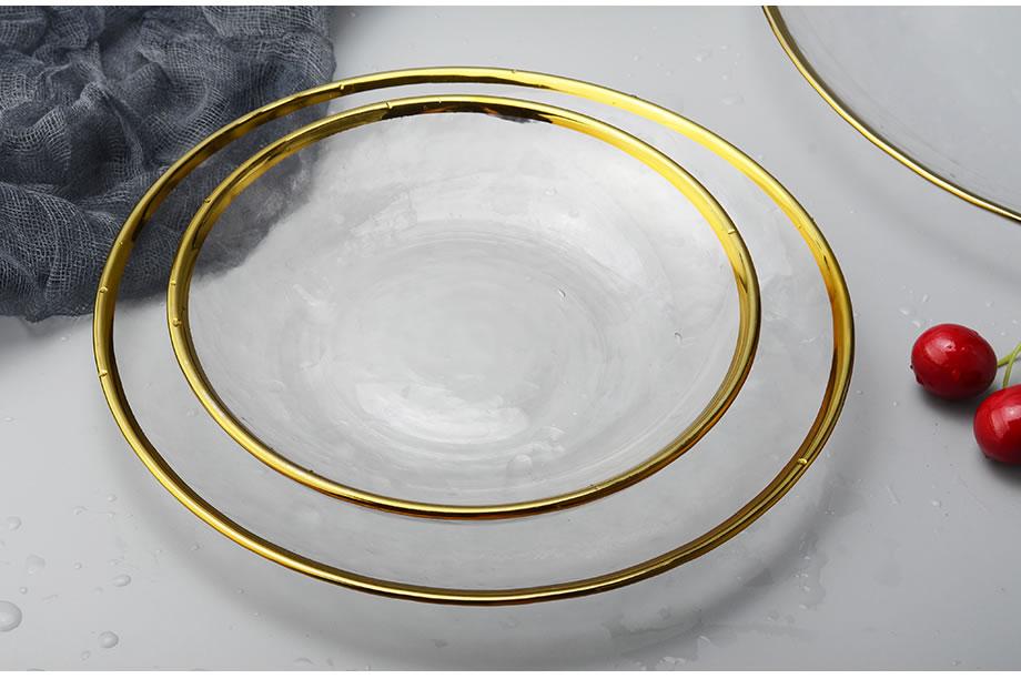 Стеклянная тарелка с золотыми инкрустациями для еды фруктовый