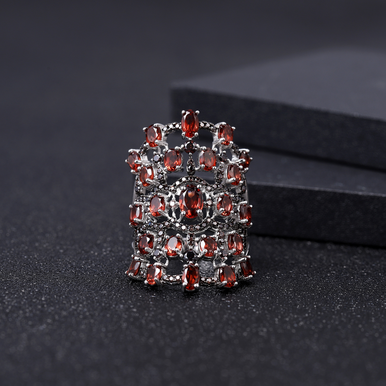 GEM'S BALLET 8.37Ct Natural Red Garnet Rings 925 Sterling Silver Luxury Gemstone Ring For Women Anniversary Fine Jewelry