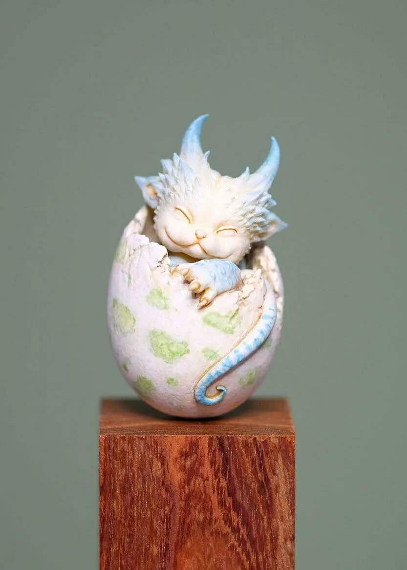 Q Version Resin Kit  Mini Small Dragon Egg  Model Figure