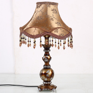 Image 3 - モダンな装飾樹脂テーブルランプの寝室の家の装飾の寝具装飾ブロンズベースデスクライトヨーロッパテーブル器具生地シェード