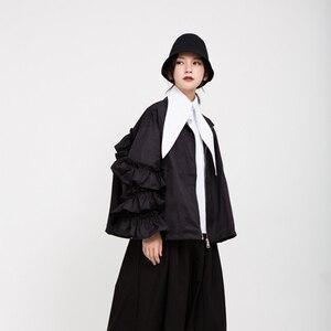 Image 5 - [EAM] หลวมFitสีดำRuffles Stitchขนาดใหญ่เสื้อใหม่แขนยาวผู้หญิงเสื้อแฟชั่นฤดูใบไม้ผลิฤดูใบไม้ร่วง2020 1B894