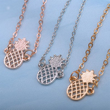 2019Fashion Cute Hollow Three-dimensional Pineapple Alloy Ladies Fruit Bracelet Fit for Women Jewelry Party Gift Wholesale WD528