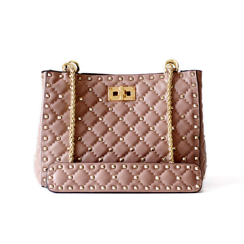 Women Trending Bags 2020 Designers Luxury Handbags Fashion Sheepskin Leather Casual Tote Rivet Bags for Women