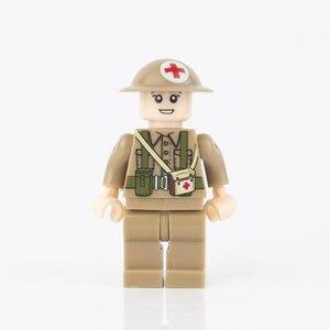 Image 4 - WW2 военные строительные блоки, противогаз, армия, британский солдат, шлемы, медицинские аксессуары, детали, кирпичи WW1, детская игрушка