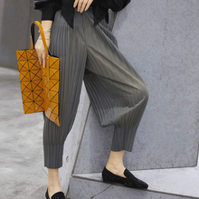 2019Early autumn New pattern Press fold Elastic force  Ninth pants Easy Skinny Solid Color trousers Casual Harenpants