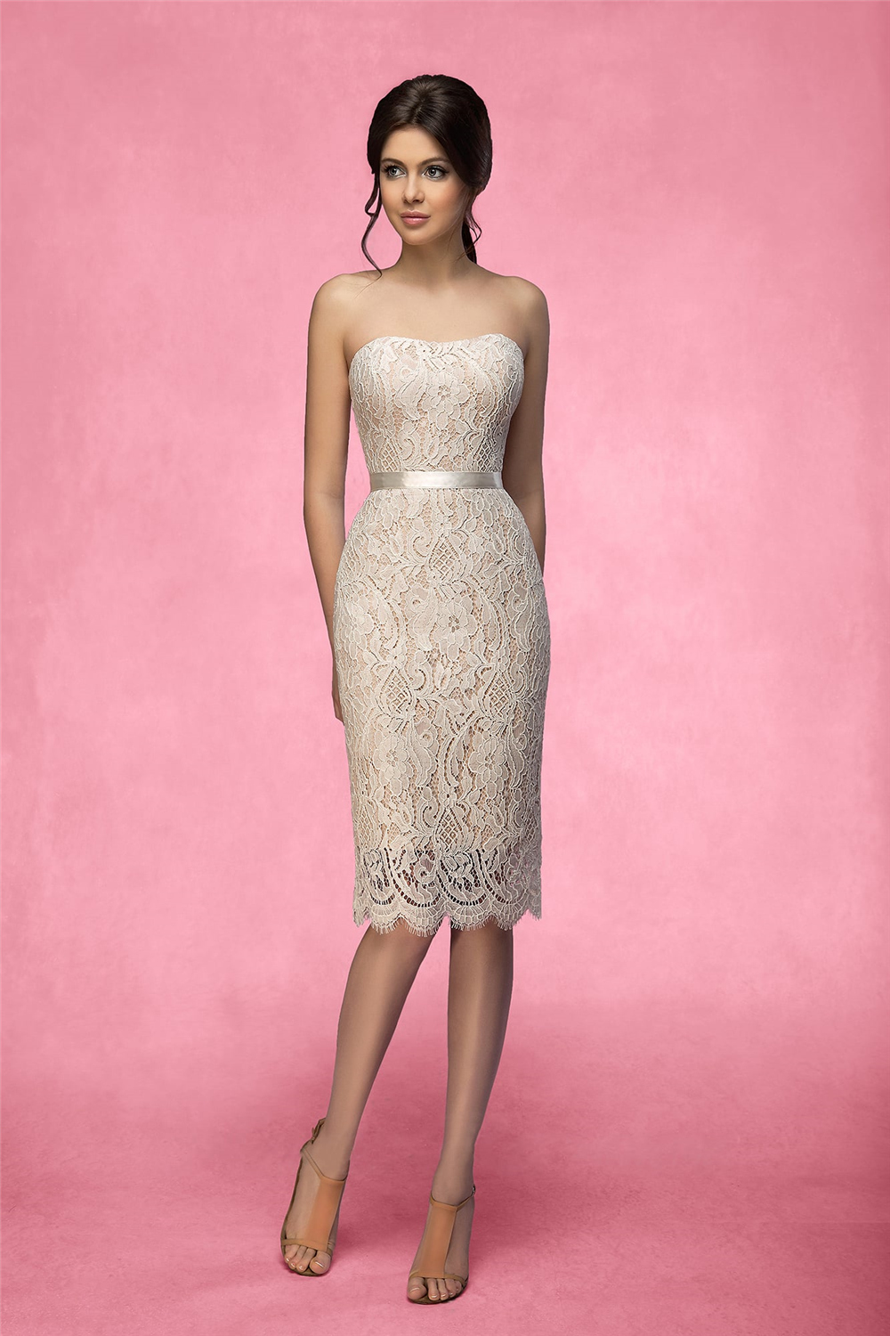 Ivory Strapless Lace Wedding Dresses Strapless Lace Appliques Bridal Gowns Backless Sash Lace-Up Wedding Dress Robe De Mariee