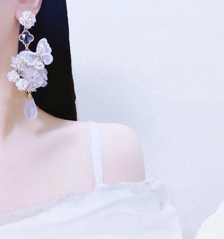 Купить модные милые фиолетовые серьги гвоздики с бабочками красивые