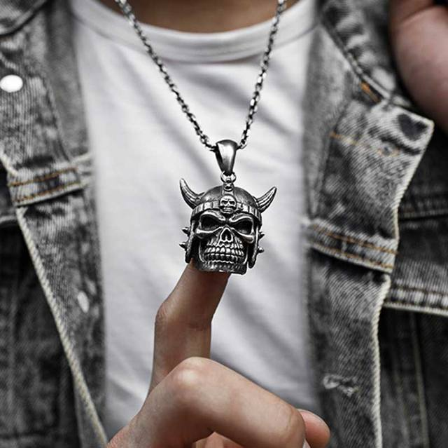 STAINLESS STEEL NORSE VIKING SKULL NECKLACE