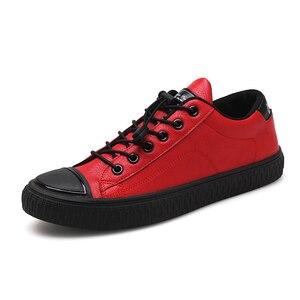Image 2 - 2020 mode hommes chaussures décontractées baskets en cuir synthétique polyuréthane homme chaussures plates vulcanisé extérieur Zapatos De Hombre noir rouge blanc Zapatilla