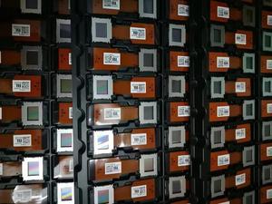 Image 2 - Panneau LCD dorigine et nouveau LCX111AAK7 LCX124BBJ6 LCX094 LCX101 LCX111 LCX124 série panneau daffichage LCD de projecteur
