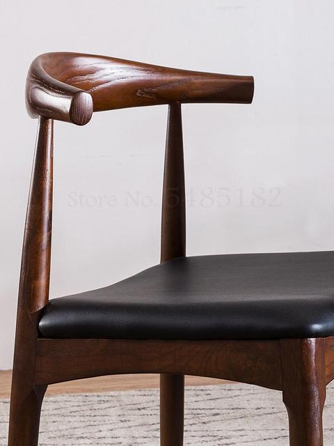 Nordic Solid Wood Horn Chair  3
