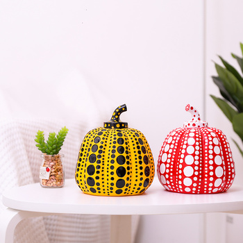 Usama Yayoi pumpkin Japanese artist modern sculpture Polka Dot artist home decoration accessories office Art Wedding Christmas