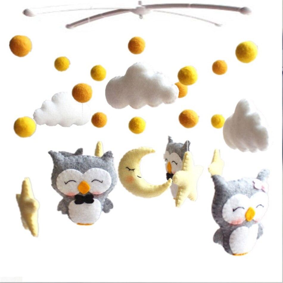 Chocalhos Brinquedos do bebê Móvel 0-Oyuncak 12 Meses para o Bebê Recém-nascido Berço Cama Sino Criança Chocalhos Carrossel para Berços crianças Brinquedo Artesanal