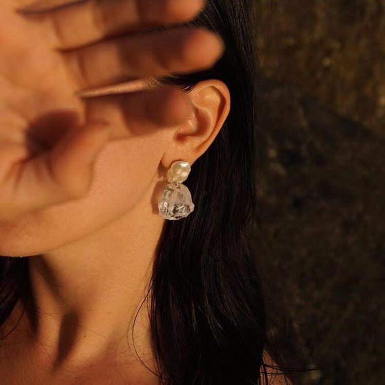 Mode perle verre cristal boucles d'oreilles européenne en gros femmes raisin forme naturelle perle boucles d'oreilles accessoires goujons bijoux