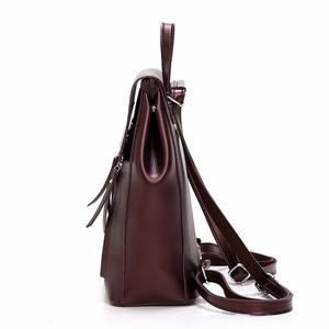 Image 2 - Femme sacs à Dos solide femmes école Sac à Dos Mochilas femmes en cuir sacs à Dos de haute qualité dames Sac à Dos Vintage Sac A Dos nouveau