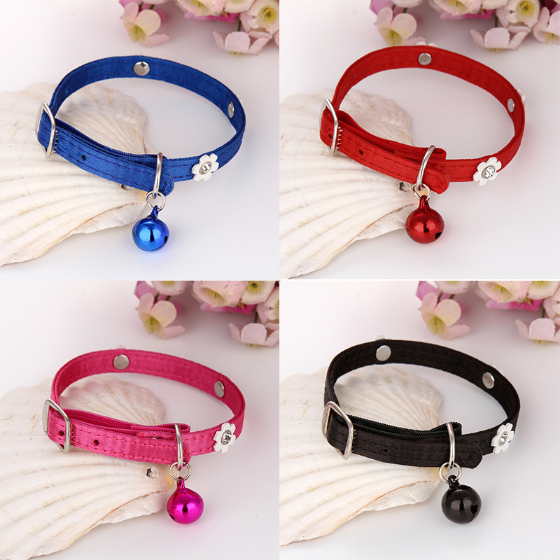1.0 Pet Three Flowers Drill Neck Ring Pet Elastic Neck Ring Small Dog Neck Ring Pet Bell Neck Ring Cat Neck Strap