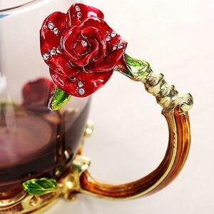 Image 5 - Taza de té de cristal esmaltada en rosa y azul roja taza de café, tazas de agua de flores pintadas en Mariposa o rosa, Juego de vasos transparentes con cuchara, regalo perfecto