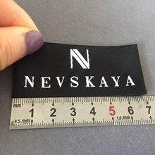 цена Customized High Density 75D Meticulous Polyester Woven Name Labels Clothing Labels онлайн в 2017 году