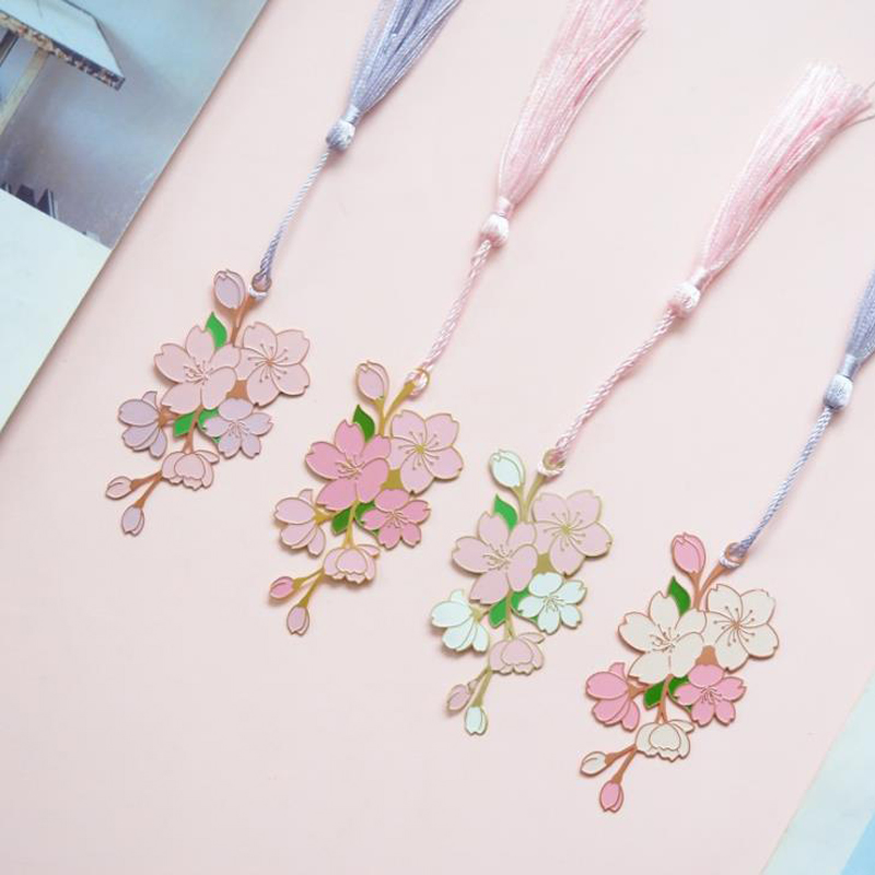 1 Pcs Lovely Metal Cherry Sakura Tassel Bookmarks Book Marker Page Holder Stationery School Office Supply Escolar Papelaria