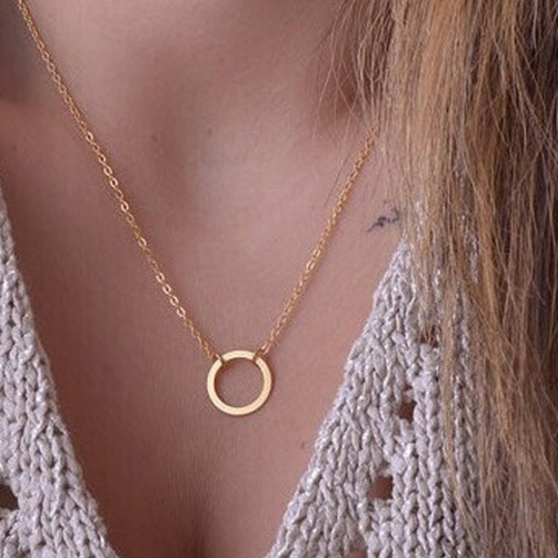 Europejska i amerykańska biżuteria liść łańcuszek do obojczyka marka temperament osobowość moda proste koło naszyjnik tabliczka kobieta