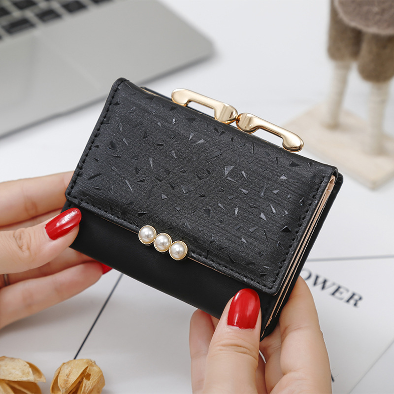 2019 Pearl Element Trifold Women Wallets Short Soft Leather Ladies Purse Clamp Designer Coin Pocket Card Holder Female Wallet