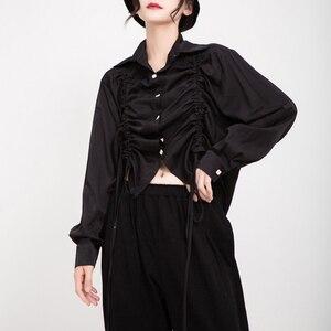 Image 2 - [EAM] נשים שרוך קפלים גדול גודל חולצה חדש דש ארוך שרוול Loose Fit חולצה אופנה גאות אביב סתיו 2020 1D195