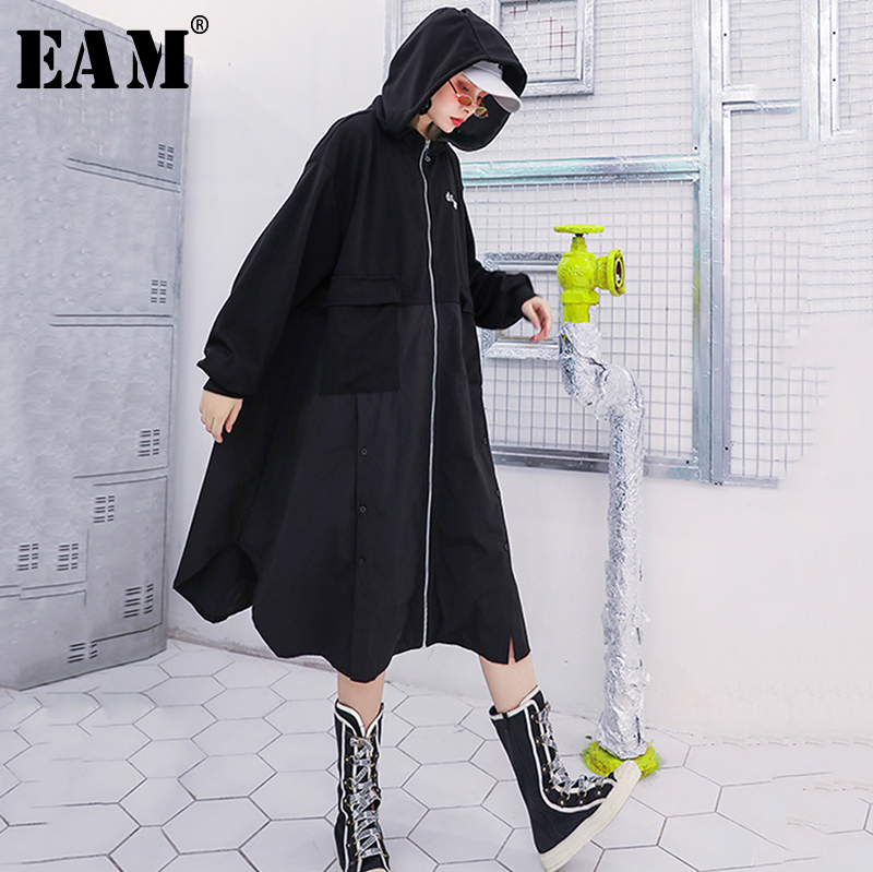 [EAM] Women Dot Printed Big Size Long Trench New Lapel Long Sleeve Loose Fit Windbreaker Fashion Tide Autumn Winter 2019 1B323