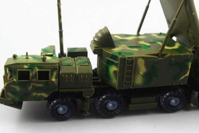 1/72 BATTLEField Russian china S-300 SA-10 air defense missile radar vehicle TombStone Radar carriage assembly Model 4