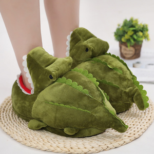 Nice Hot Cartoon Crocodile Plush Home Winter Warm Non-slip Cotton Funny Shoes Green Half Cover Toe Slides Furry Slides(China)