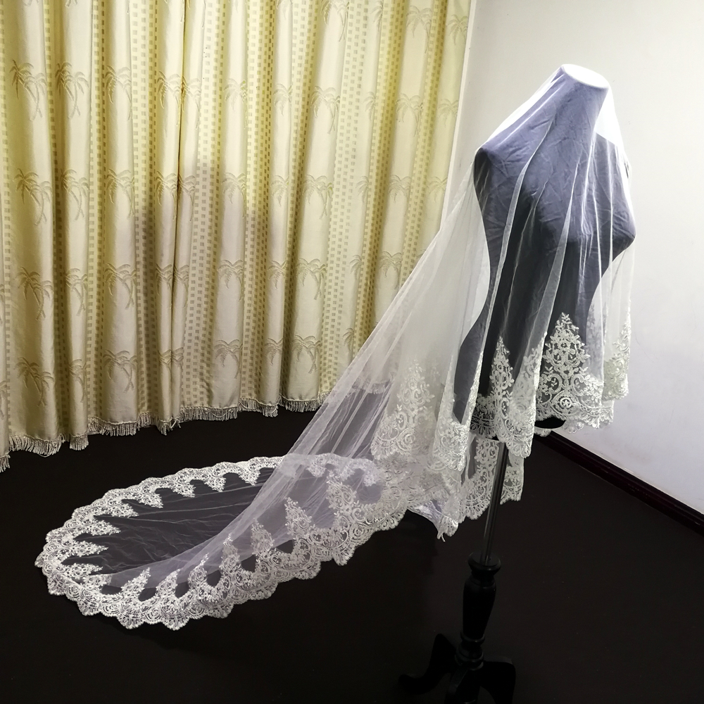 Hot sale 3M Long Wedding Veils Full decal  Applique Edge One Layer Cathedral Length Veils Two uses With Comb Tulle Bridal Veil
