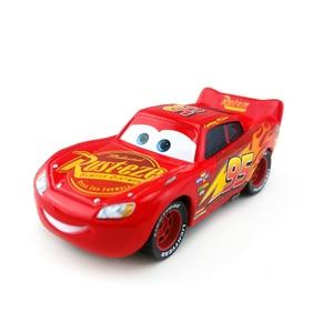 Image 4 - דיסני פיקסאר מכוניות 3 27 סגנונות לייטנינג מקווין מאטר ג קסון סטורם רמירז 1:55 Diecast מתכת סגסוגת דגם מכונית צעצוע מתנה עבור ילדים