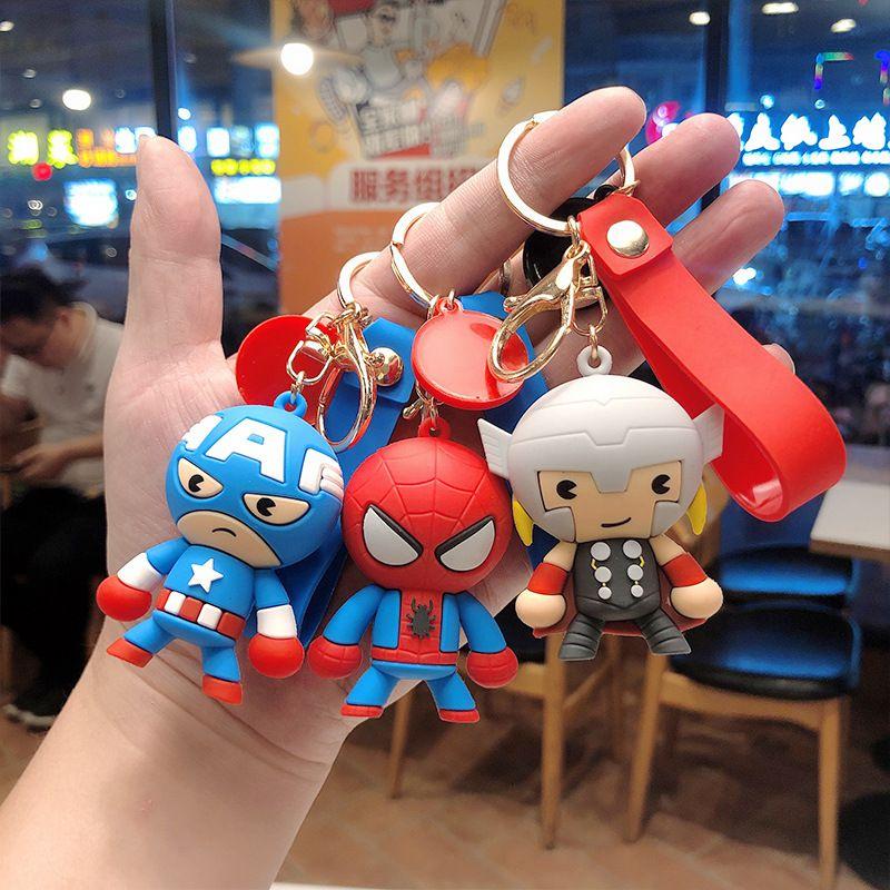 Брелок для ключей K20003, персональный мультяшный аниме брелок со стальным пауком, гигантской молнией, капитаном спасением мира, куклой героев...