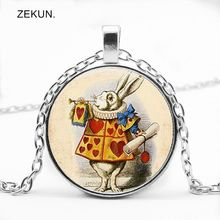 LIAOZEKUN.2019/ New Retro Alice In Wonderland Rabbit Glass Pendant Necklace Men and Women Jewelry.