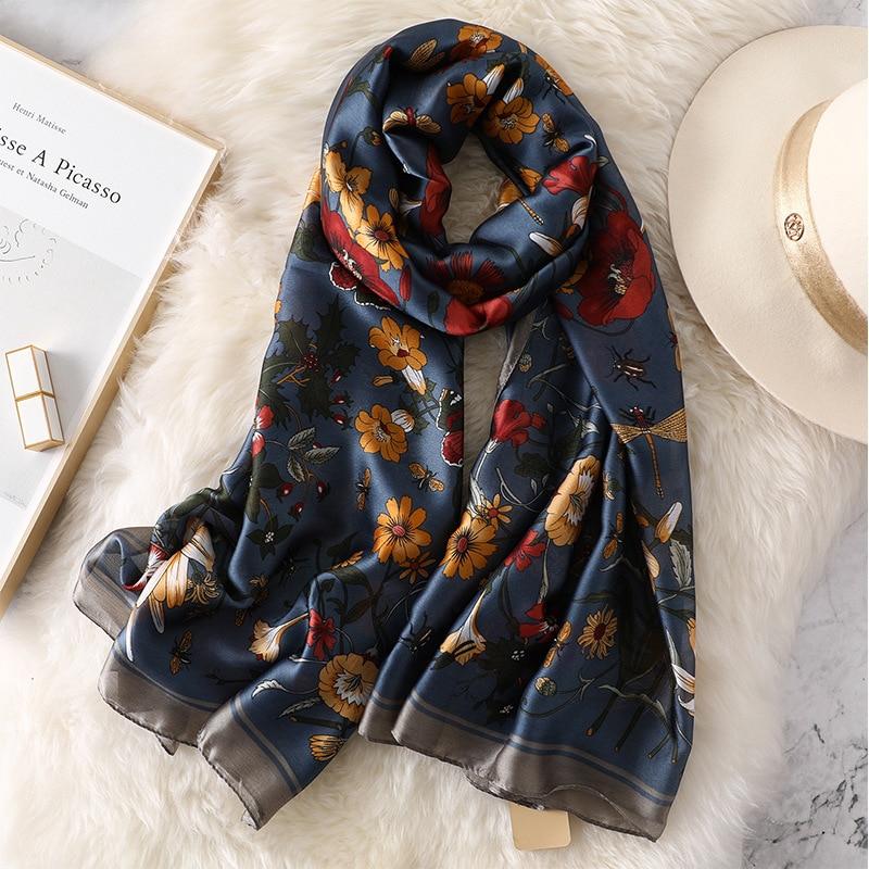 New Style Autumn And Winter Women Classic Flower Print Silk Muffler Lady Popular Beautiful Shawl Seaside Beach Wraps Hijab