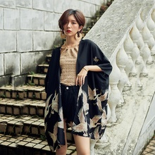 Japońskie Kimono kobiety Yukata kobiety japonia nadruk żurawia kardigan Kimono azja ochrona przed słońcem koszula Unisex Haori Kimonos Top FF2302 tanie tanio EASTQUEEN WOMEN Poliester Odzież azji i pacyfiku wyspy Trzy czwarte Tradycyjny odzieży